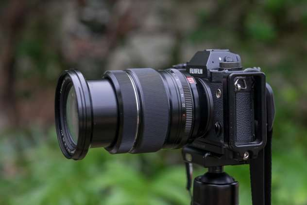 The Fujinon XF 16-55 mm f/2.8 R LM WR zoomed to 55 mm.
