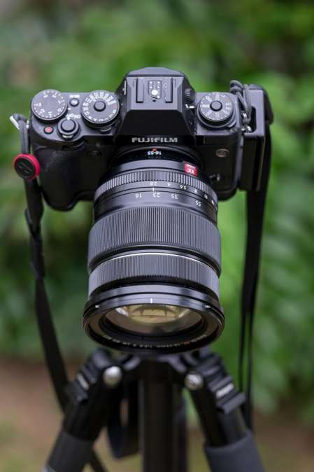 Fujinon XF 16-55 mm f/2.8 R LM WR from above.