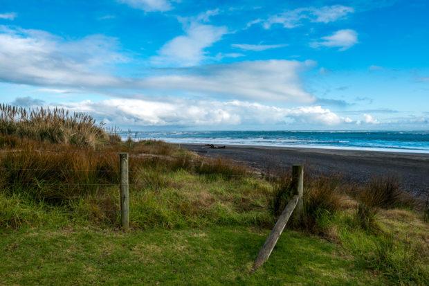 Wainamu beach.