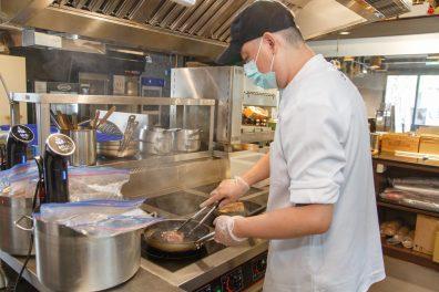 創造品牌價值 虛擬廚房業績打破不景氣