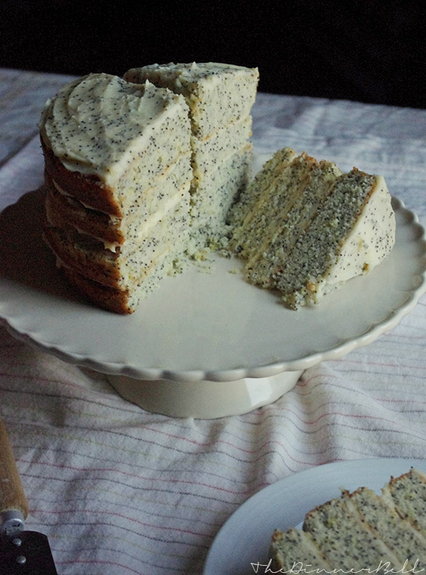 Lemon and poppy seed cake with mascarpone frosting // The Dinner Bell