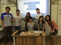 Celebrating Hiroko's birthday in class. Selamat Ulang Tahun Hiroko!!!
