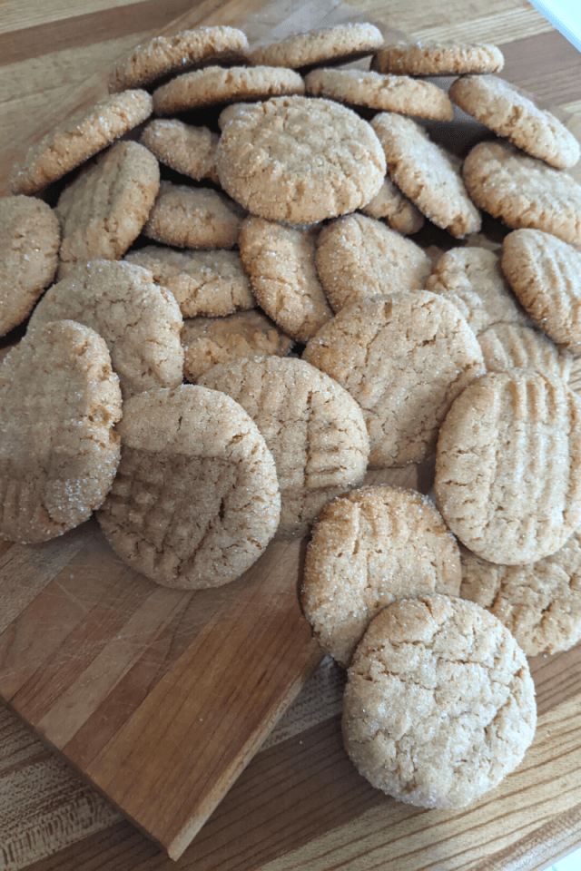 peanut butter cookies, easy cookie recipes, quick cookies, vegan peanut butter cookies