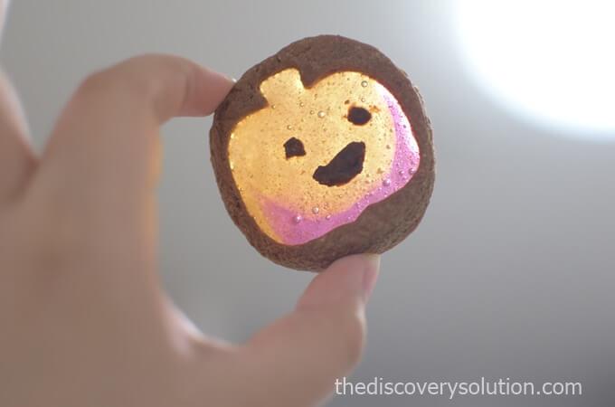 ハロウィンのステンドグラスクッキーのかぼちゃ
