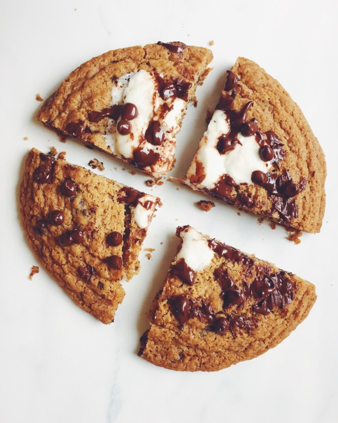 s'mores pizza.JPG