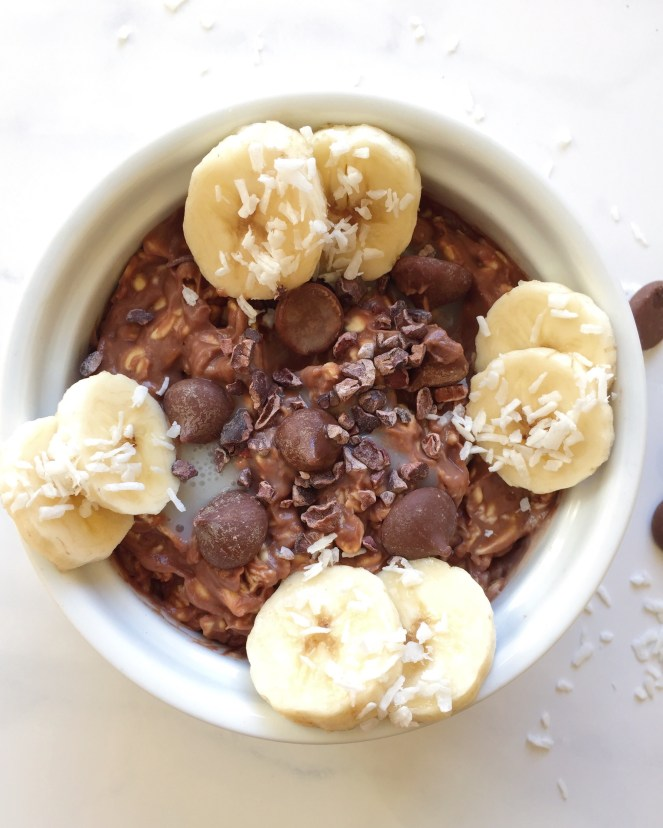 Healthy Chocolate Overnight Oats