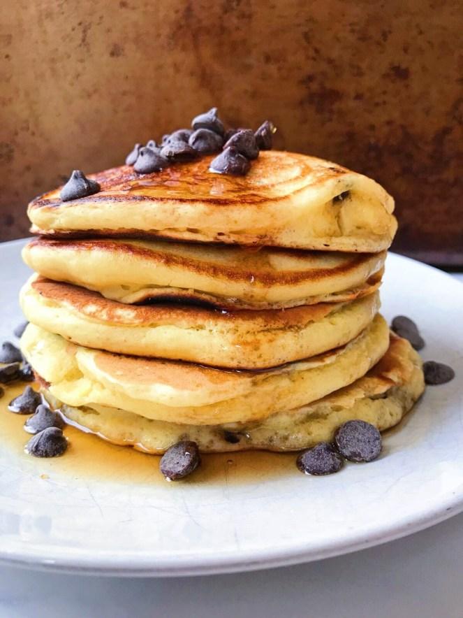 healthy oatmeal chocolate chip pancakes.JPG