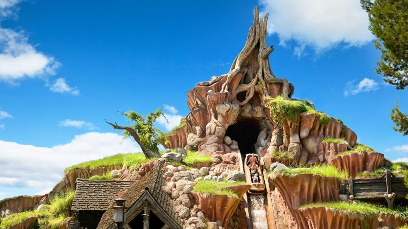 A picture of the final drop on splash mountain in Critter Country in Disneyland.
