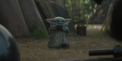 Baby-Yoda-Sips-Soup-On-The-Mandalorian