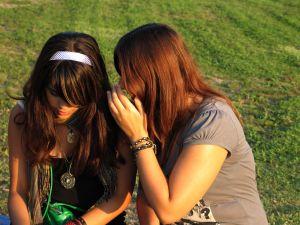 1066564_gossip_girls_1