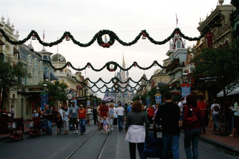 Florida 2006 Walt Disney World Main Street Christmas