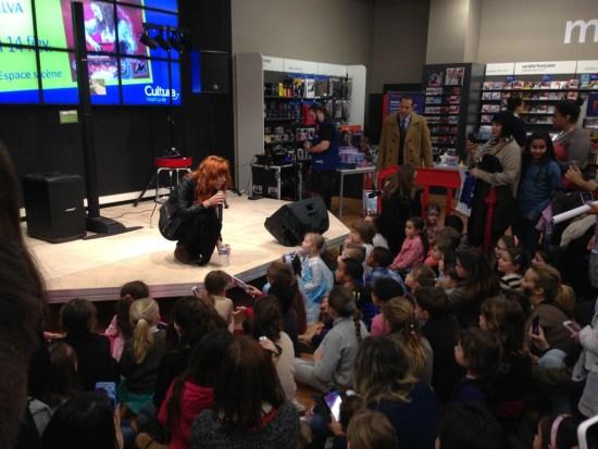 Anaïs Delva meeting Frozen fans in Aubagne (France) on February 14, 2015.