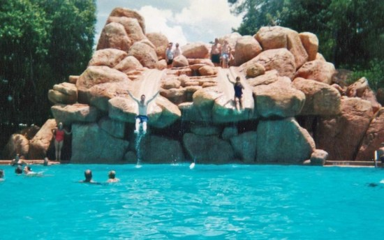 River Country 2000