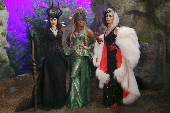 The Storybrooke Bad Girls Club.  All photos via ABC Television.