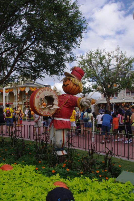 Welcome to Fall in the Magic Kingdom!
