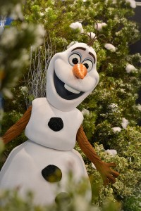 New Meet & Greet with Olaf to Debut at Disney's Hollywood Studios This Spring