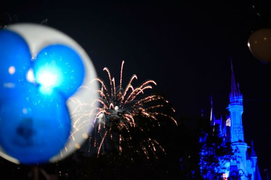 Wishes - Mickey balloon 1