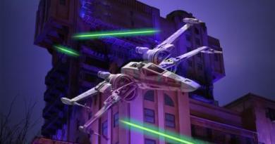 DL Paris Season of the Force