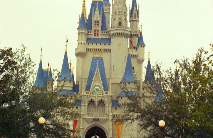 cinderella-castle-1973-throwback-thursday
