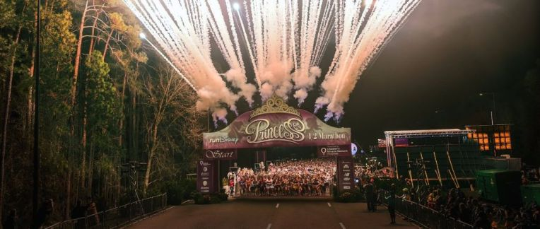 disney princess half marathon start line