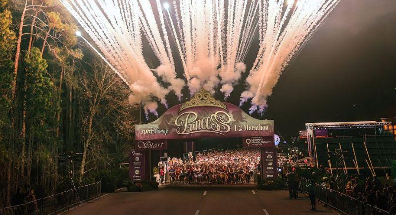 disney princess half marathon start line