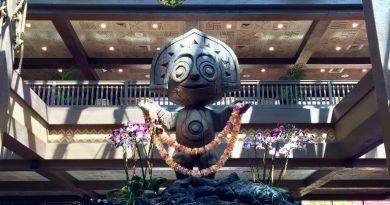 Tiki Shrug - Disney's Polynesian Resort