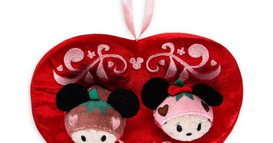 Disney Store Tsum Tsum Valentines Day