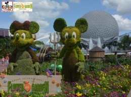 Farmer Mickey and Minnie - - Epcot International Flower and Garden Festival 2015