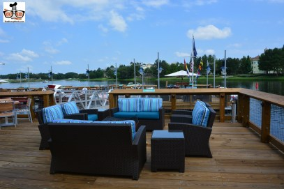 Dock side dining options