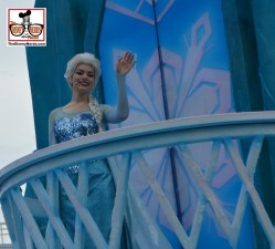 """The """"Frozen"""" Royal Welcome parade happens twice a day - The Parade Stops for a show (Weather Permitting).. Where have I seen those floats before?"""