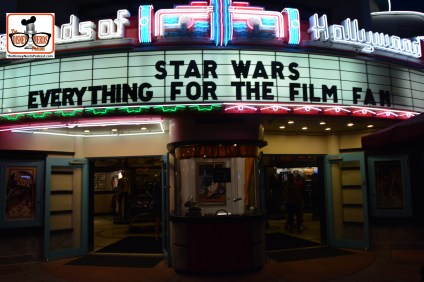 "DNP April 2016 Photo Report: The ""Everything Frozen"" Store is now ""Everything Star Wars"""