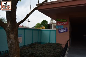 DNP April 2016 Photo Report: Hollywood Studios: Construction walls at the Muppet Vision 3D Exit - The Former Premier Theater is completely gone, and you can see one of the walls removed from the former rest room.