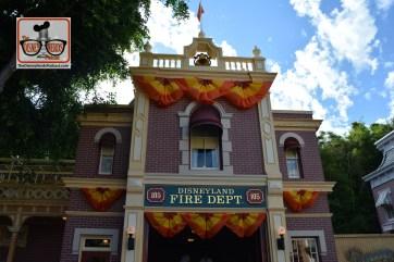 Halloweentime on Main Street USA - Disneyland - Disneyland Fire station