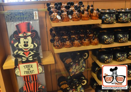 Halloween Inside World of Disney