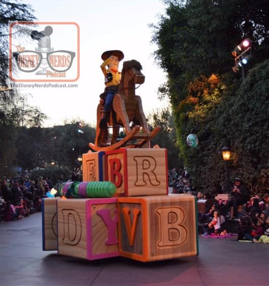 Disneyland Christmas Fantasy Parade