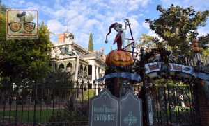 Haunted Mansion Holiday - A Disneyland Exclusive