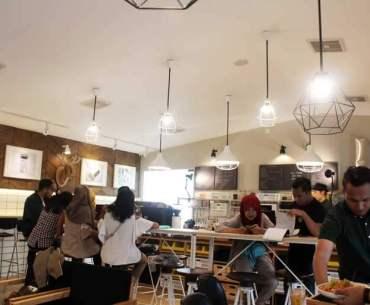 Bureau Café Malang