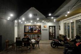 Kollen Cafe Malang Review