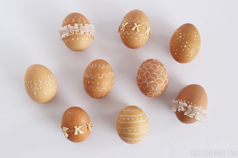 Decorative Eggs - Elegant Eggs decorated with paint and ribbon