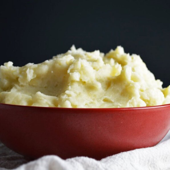 4 ingredient Buttery Mashed Potatoes