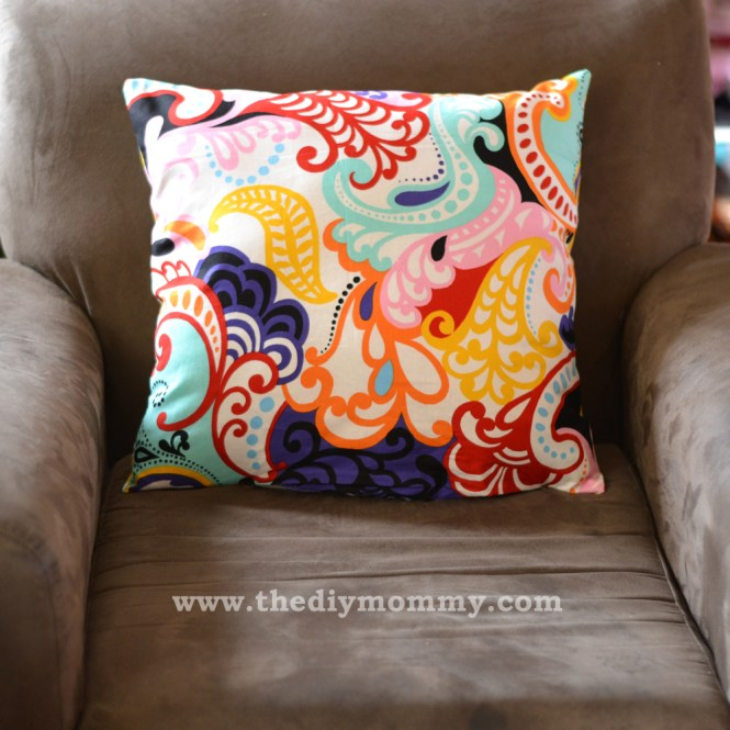 How To Sew Throw Pillow Covers Quilting Tutorial From Connectingthreads Com