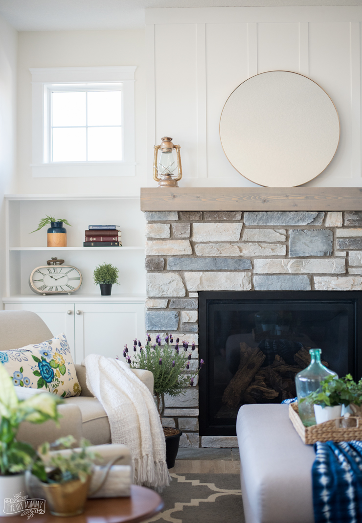 Traditional Coastal Cottage Living Room Reveal Mom S Lake