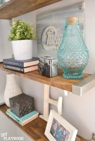 Styling-Wooden-Shelves