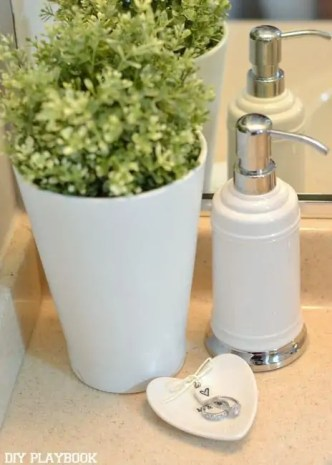 Soap-Dispenser