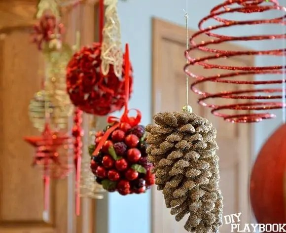 hanging-holiday-ornaments