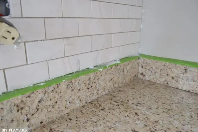 backsplash DIY 7. Set yourself up for success with some extra support