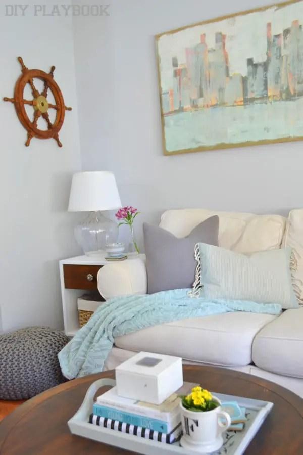 Family-Room-Pillows