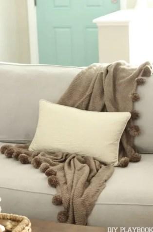 Pillow Blanket Fall Home Tour
