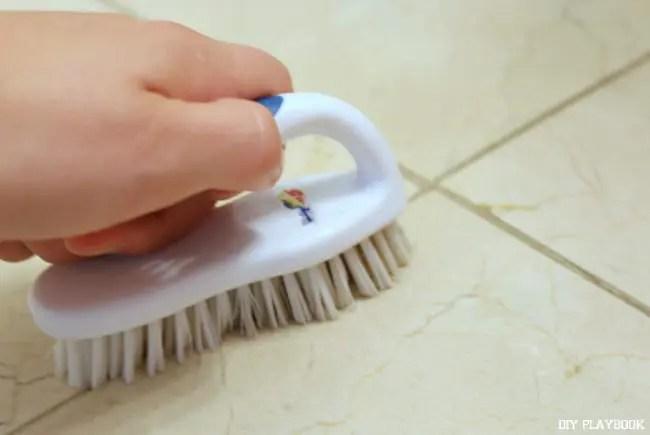 6-cleaning-bathroom-floor-grout-tile