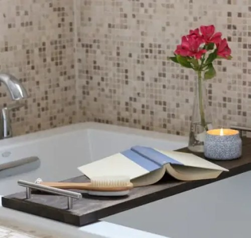 15-bathtub-tray-diy-bathroom